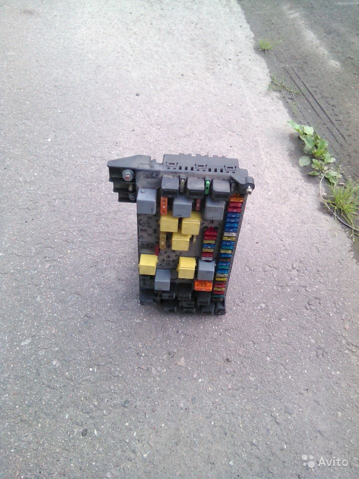 Блок предохранителей мерседес
