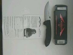 Emerson knives inc. USA. CQC-8 SF