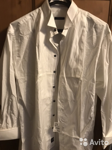 951ff7fb9386 Рубашка Burberry под смокинг купить в Санкт-Петербурге на Avito ...
