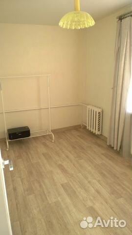 Продается четырехкомнатная квартира за 2 550 000 рублей. Первомайский район, Киров, улица Розы Люксембург, 34.