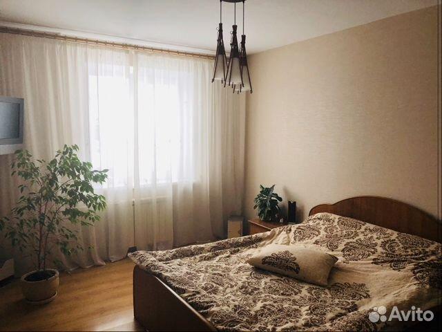 Продается четырехкомнатная квартира за 3 500 000 рублей. Свердловская область, городской округ Каменск-Уральский.