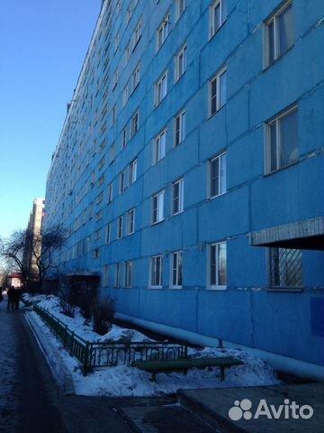 Продается четырехкомнатная квартира за 4 700 000 рублей. Московская область, Чехов, улица Полиграфистов, 23.
