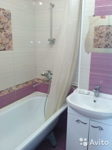 Продается трехкомнатная квартира за 2 290 000 рублей. Садовая.