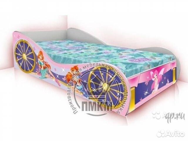 Кроватка - машинка для девочки