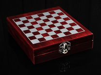 Шахматы и набор для вина