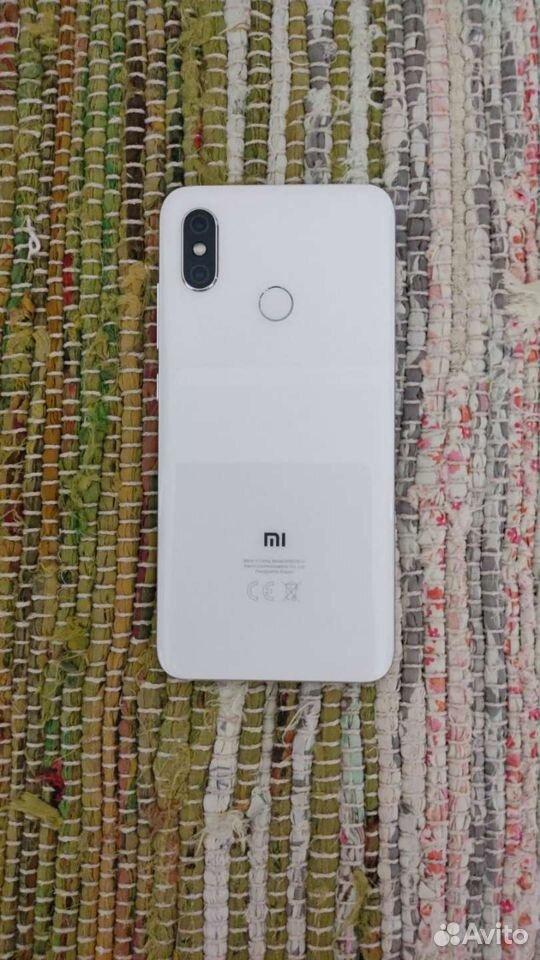 Телефон Xiaomi Mi 8 6/64 GB с чехлами  89511559012 купить 3